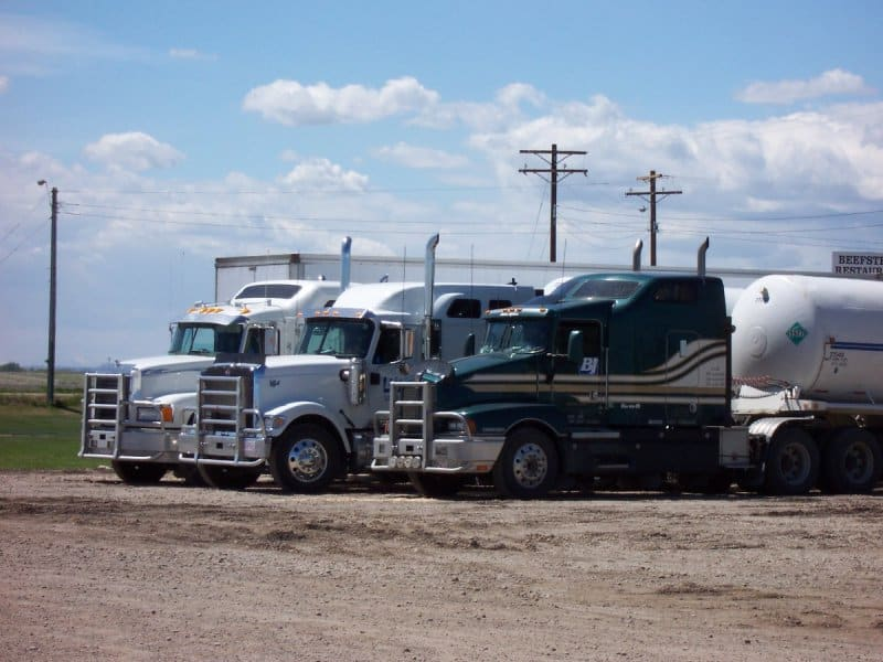Fatal truck crashes are a serious problem in Canada, fuelled
